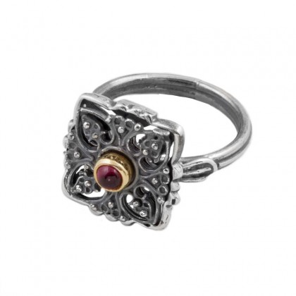 D264 ~ Sterling Silver and Garnet - Medieval Byzantine Ring