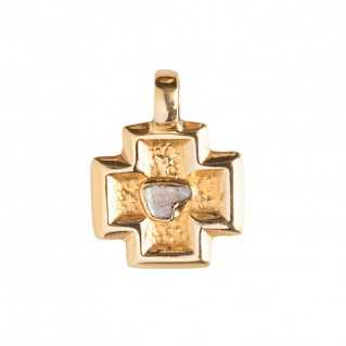 Savati 18K Solid Gold and Rough Diamond Cross Pendant
