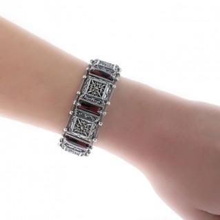 B246 ~ Sterling Silver and Swarovski - Reversible Link Bracelet