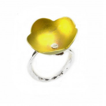 Giampouras 50321 ~ Anodized Colored Titanium Flower Ring