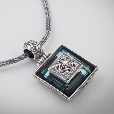 M175 ~ Sterling Silver and Swarovski - Medieval Byzantine Pendant Necklace