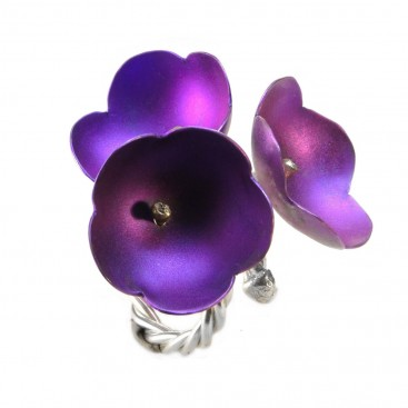 Giampouras 5032 ~ Anodized Colored Titanium 3-Flower Ring