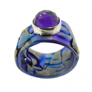 Giampouras 5405 ~ Anodized Colored Titanium Band Ring with Gemstone